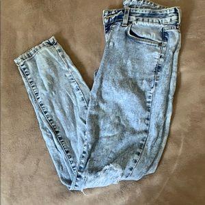 Carmar Acid Wash Distressed Jean